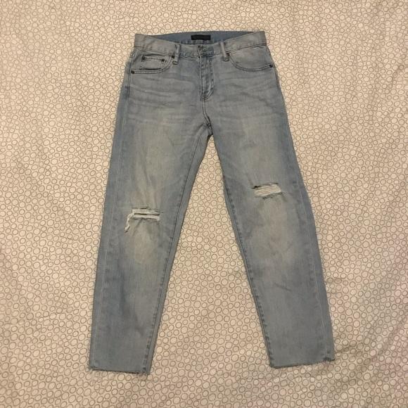 Uniqlo Denim - UNIQLO Light Wash Boyfriend Jeans